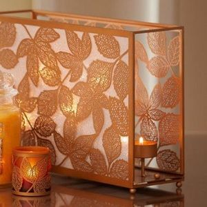 🎉3XHOST PICK🎉Yankee Candle Leaf Tea Light Holder